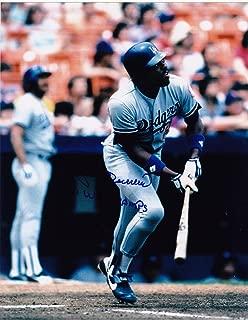 Pedro Guerrero Signed Photo - L A DODGERS 81 WS CHAMPS 8x10 - Autographed MLB Photos