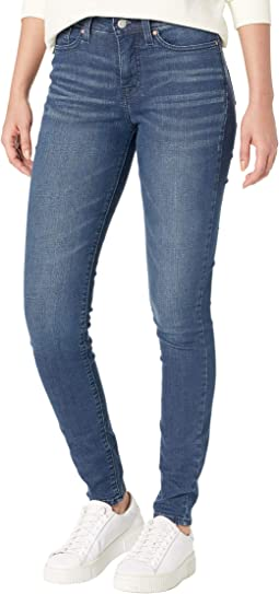 Totally Shaping Skinny Jeans
