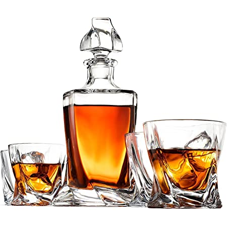 Amazon Com 5 Piece European Style Whiskey Decanter And Glass Set With Magnetic Gift Box Exquisite Quadro Design Liquor Decanter 4 Whiskey Glasses Perfect Whiskey Decanter Set For Scotch