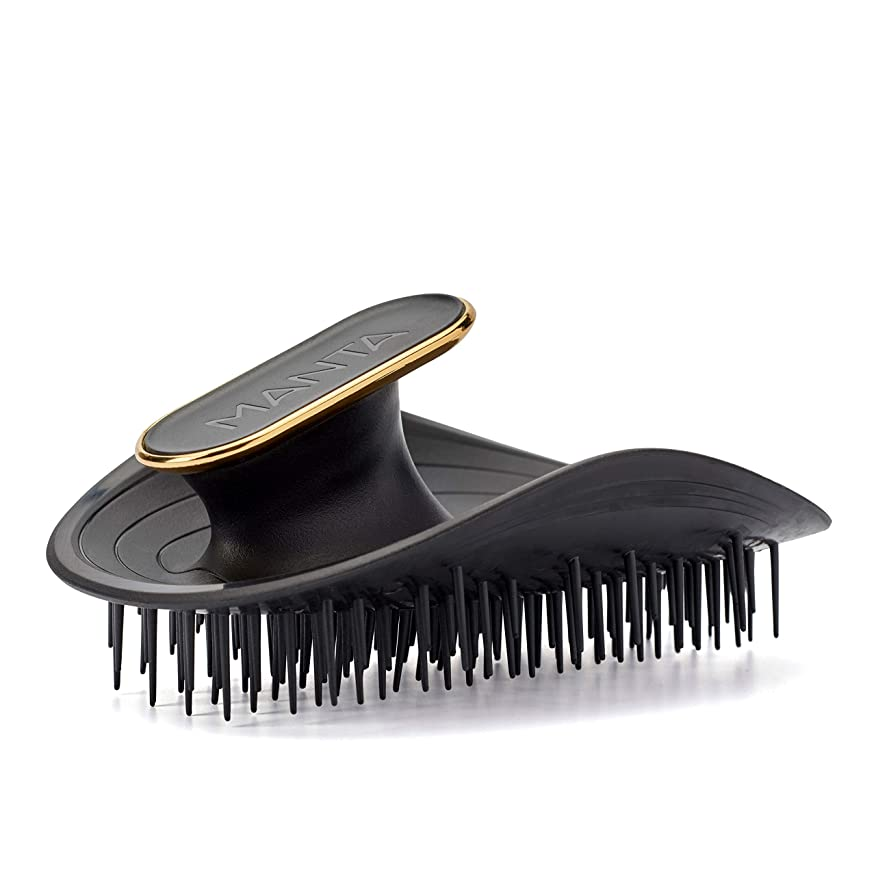 水使役びっくりManta Hair(マンタヘア) ヘアケア革命 【英国で数々の受賞歴】 髪と頭皮にやさしいヘアブラシ サラサラ 静電気防止 くし (ブラック)