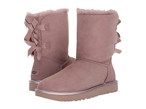 bailey bow uggs beige