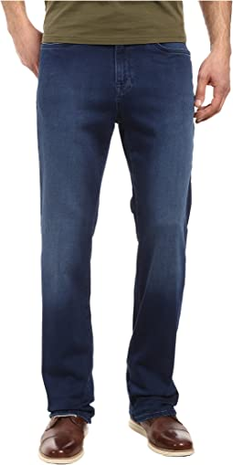 34 Heritage Charisma Relaxed Fit in Select Indigo