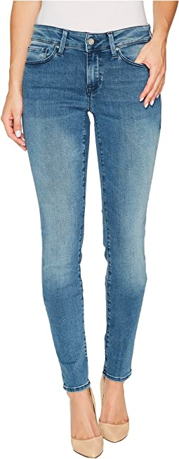Mavi Jeans Adriana Mid-Rise Super Skinny in Light Foggy Blue Tribeca