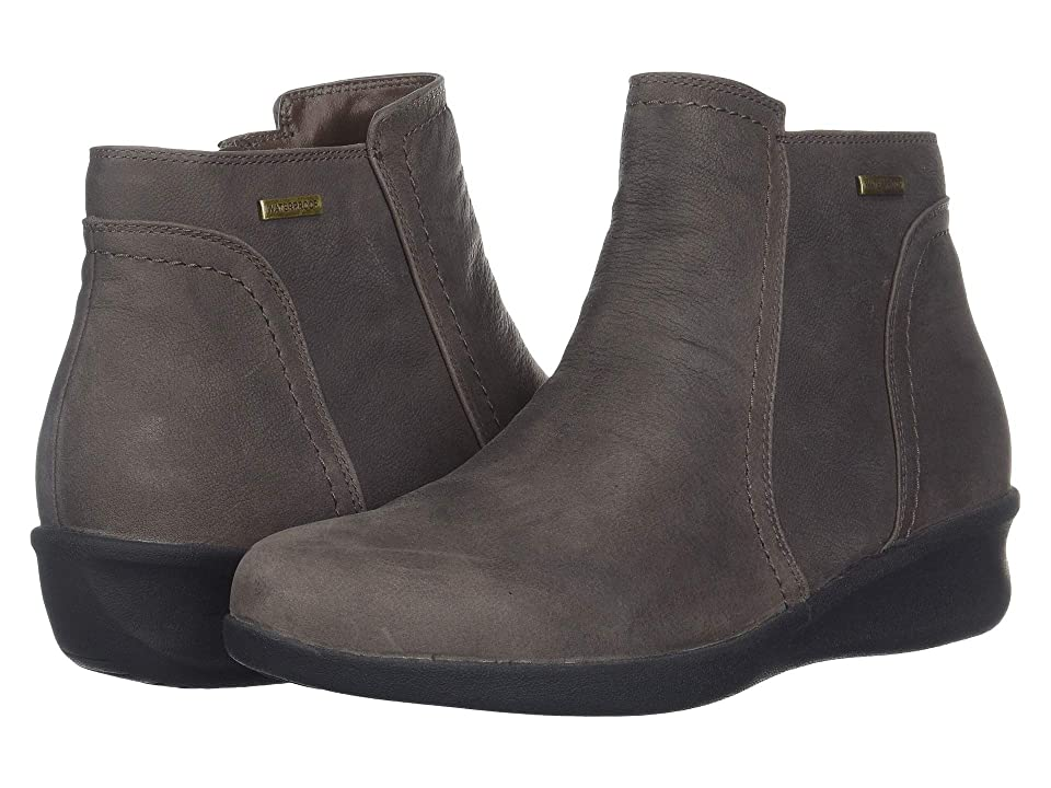 Aravon Fairlee Ankle Boot (Warm Iron) Women