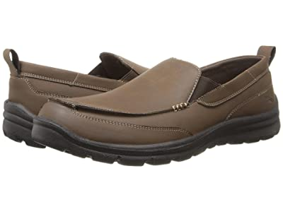 Deer Stags Everest Slip-On Loafer (Brown) Men