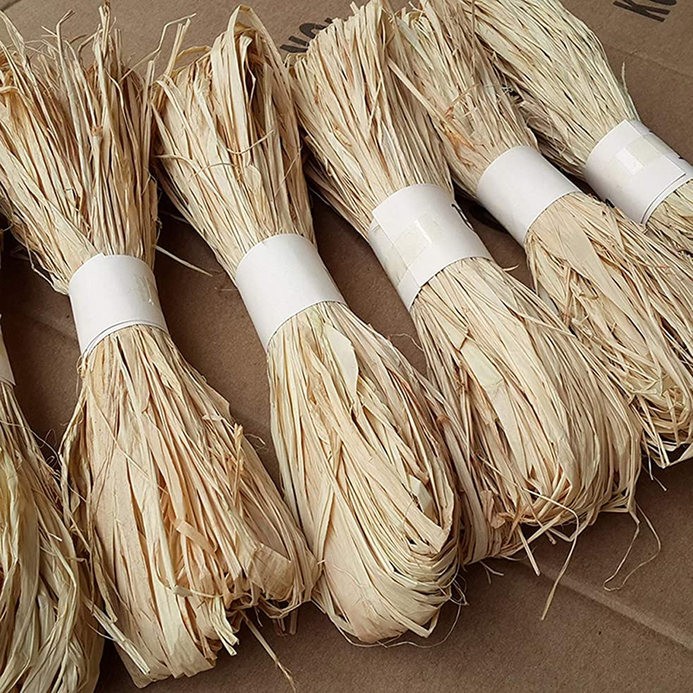 Natural Raffia Grass Bundle Dry Straw Paper Gift Wrap Candy Box Wedding Party Decor Invitation Gift Card Packing Rope Flower Wraping Rustic Decor DIY Crafts Supplies (4 Rolls)