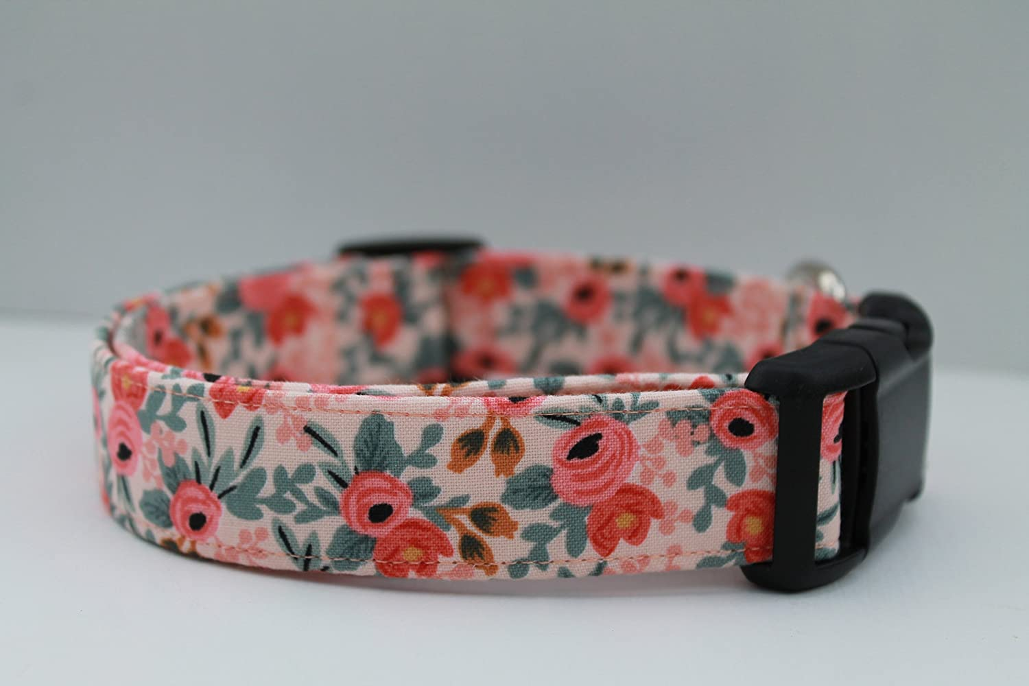 Feminine Floral Blush In a popularity Peach Vintage Collar Spring new work Dog Inspired Girly