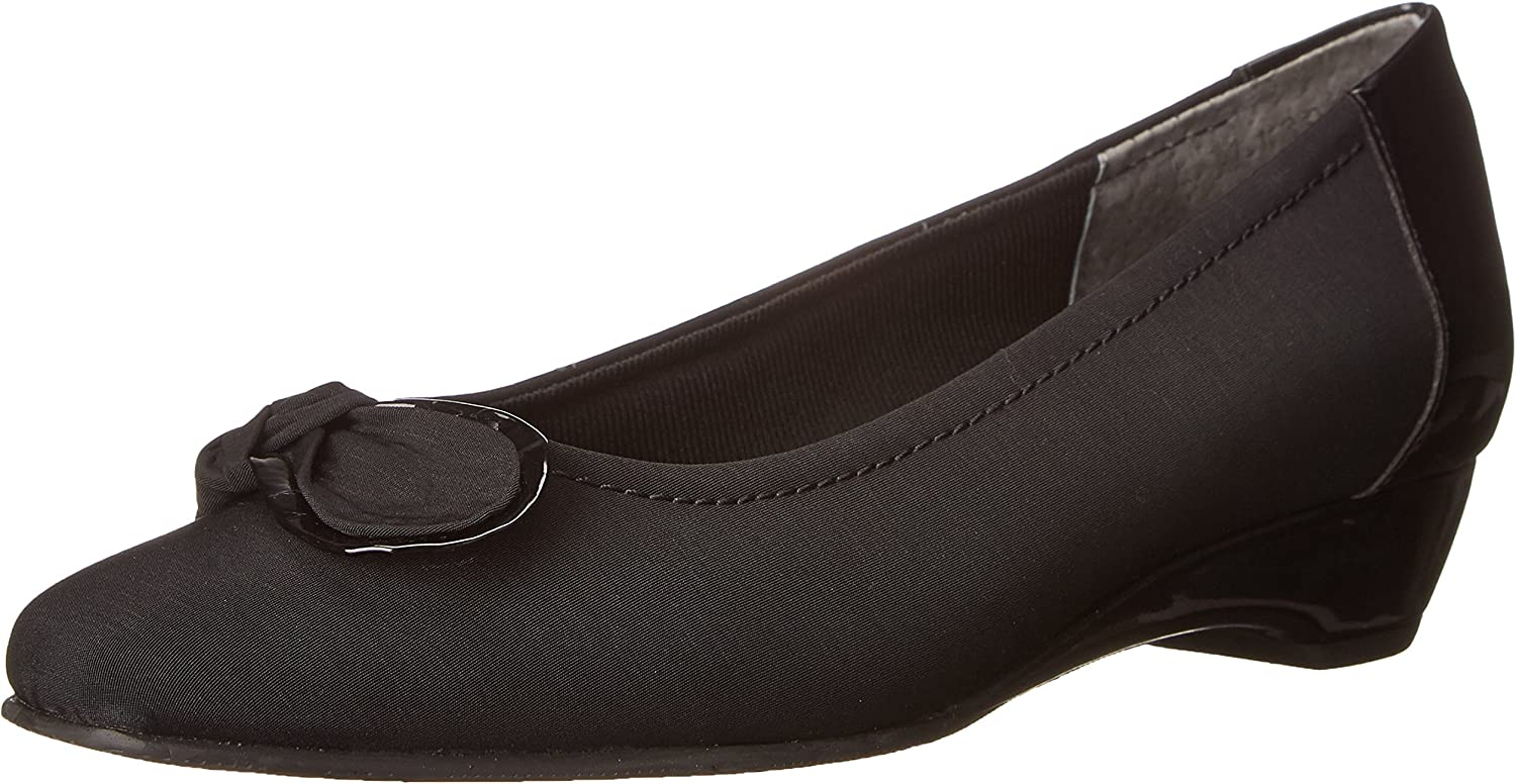Walking Cradles Women's Bean Dress Pump,Black micro,7.5 N US
