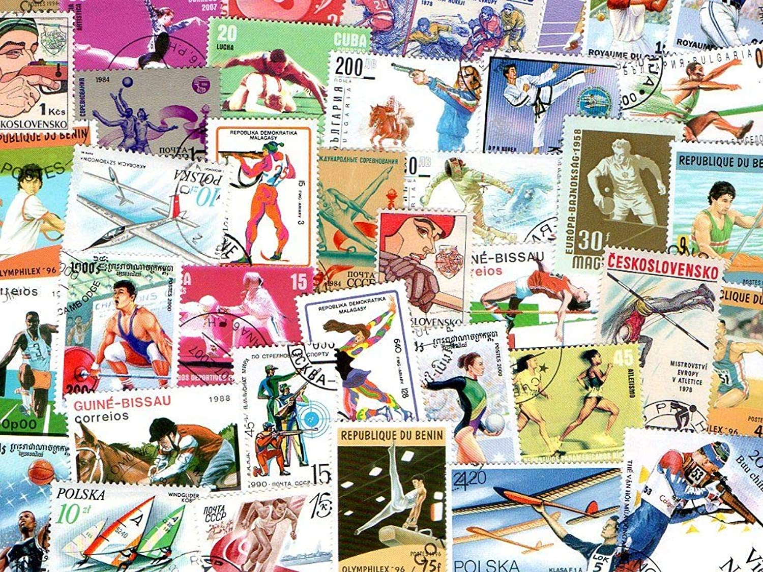 Sports   3000 Different Stamps Collection Mixture Packet Stamps For Collectors