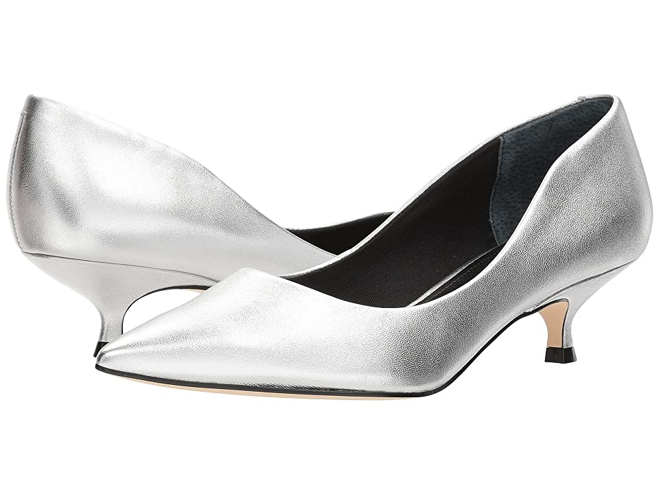 Marc Fisher LTD Xanthe (Silver Leather) Women