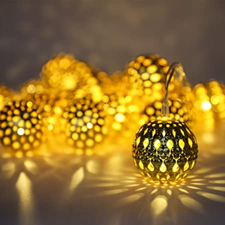 SerieCozy LED Globe String Lights, Decorative Moroccan Orb, 20 Big Golden Metal Balls String Lights, Battery Operated, Timing, Warm White