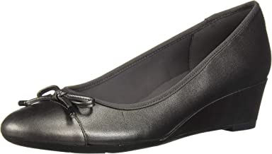Easy Spirit Women's Prim Pump,
