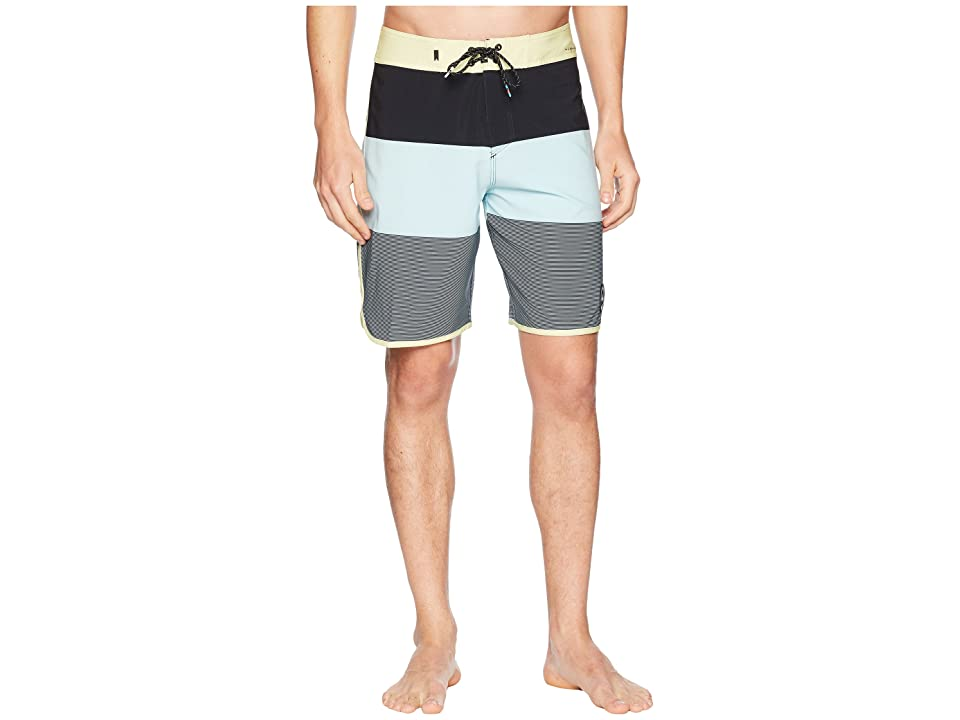 Quiksilver Highline Tijuana Scallop 20 Boardshorts (Aquatic) Men