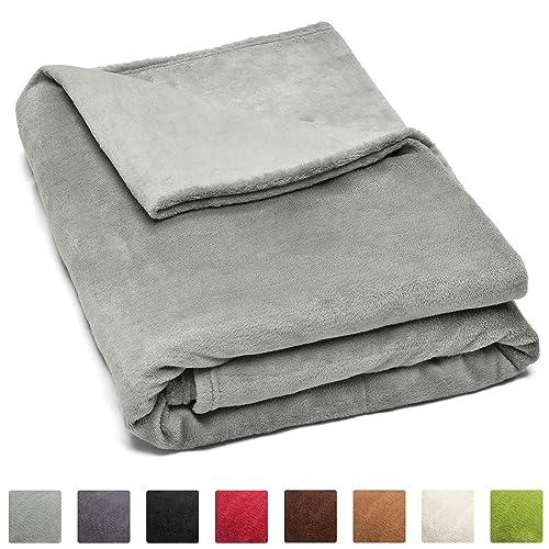 Beautissu Couverture Polaire Couvre-Lit Aurelia 220 x 240 cm - Plaid jeté de canapé Tres Doux - ÖKO-TEX - Gris Clair