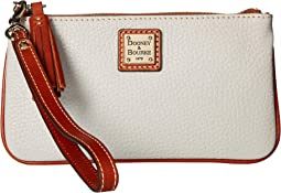 Pebble Small Carrington Wristlet