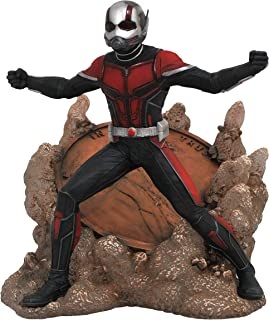 DIAMOND SELECT TOYS Marvel Gallery: Ant-Man & The Wasp: Ant-Man PVC Diorama Figure, 9