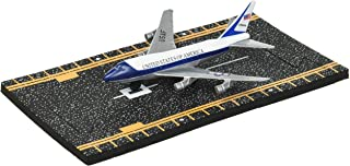 Hot Wings Air Force One with Connectible Runway