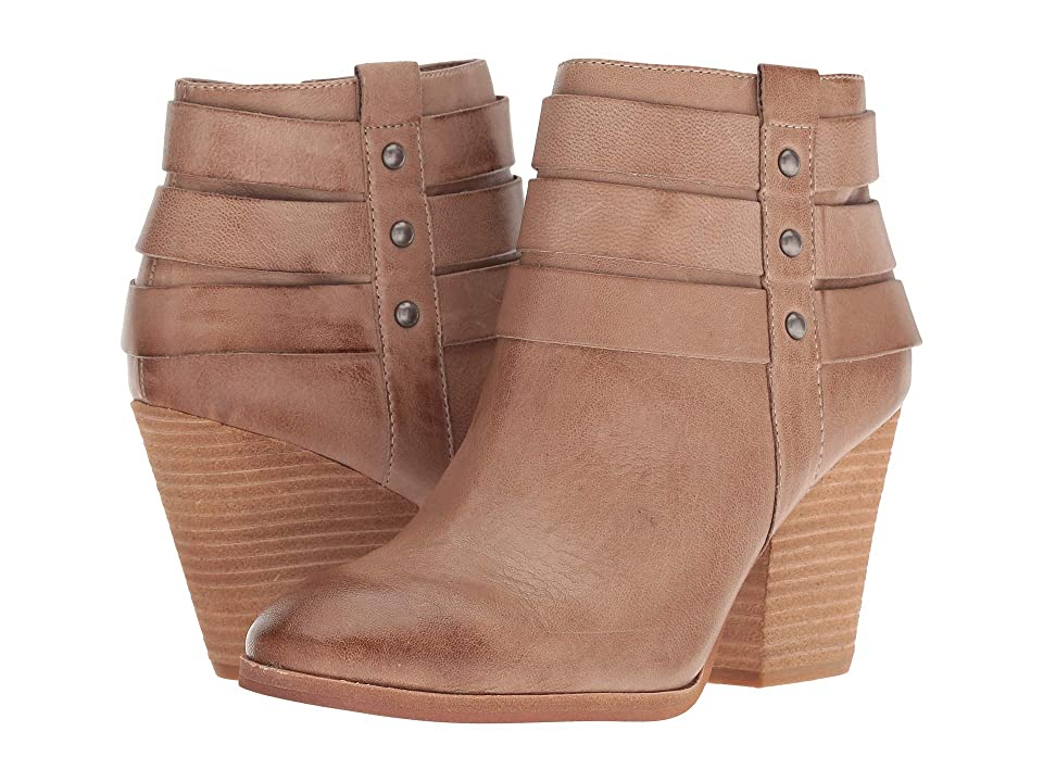 Isola Levina (Light Taupe Oleoso) Women