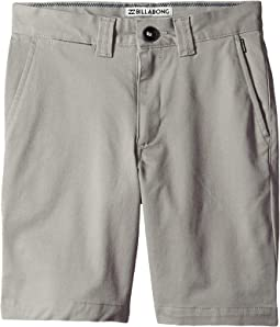 Carter Stretch Shorts (Big Kids)