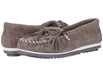 Minnetonka Kilty Plus (Grey Suede) Women
