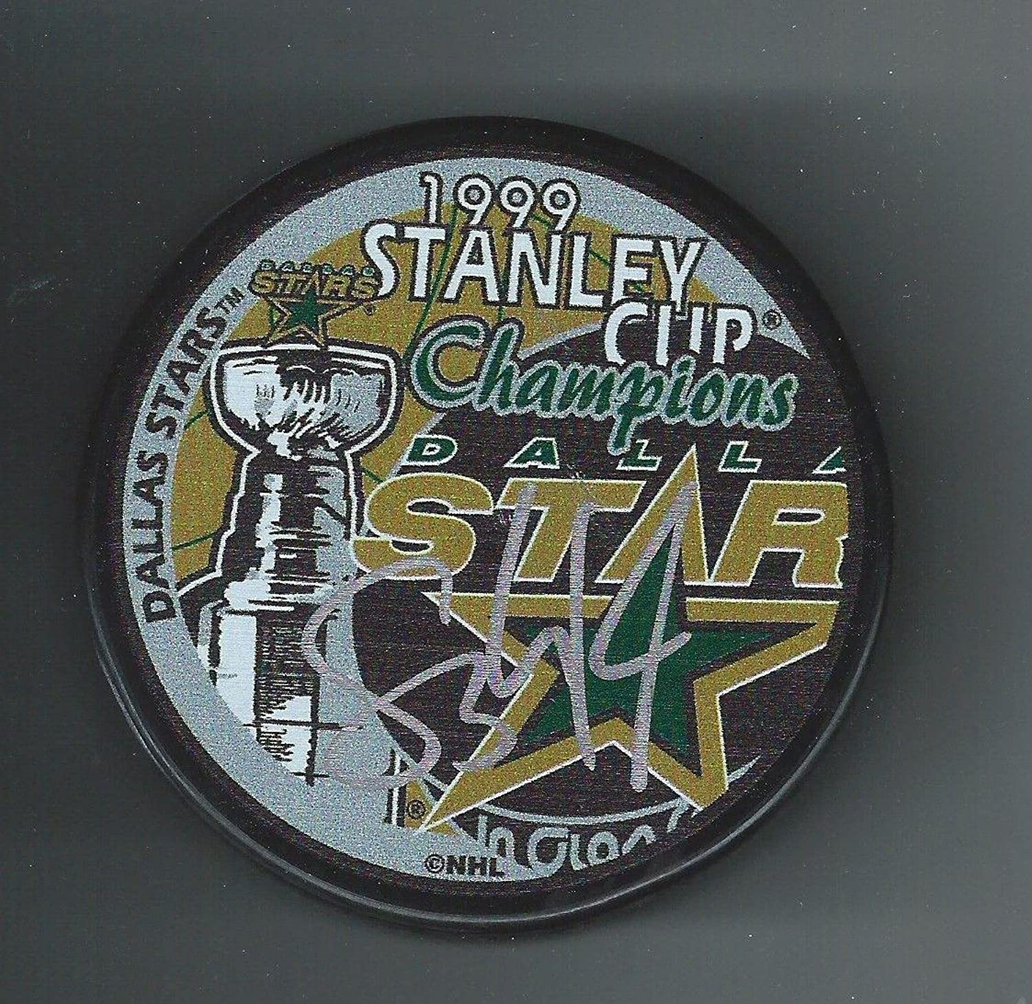 STU Barnes Signed Puck  1999 Stanley Cup Champions  Autographed NHL Pucks