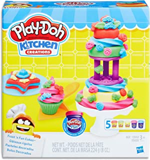 Play-Doh - Kitchen Creations - Frost 'n Fun Cakes inc Cake Tools and 5 Tubs of Dough - Creative Kids Toys - Ages 3+