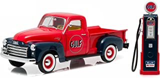 GreenLight 1950 GMC 150 Gulf Oil Truck with Vintage Gulf Gas Pump (1:18 Scale) Vehicle