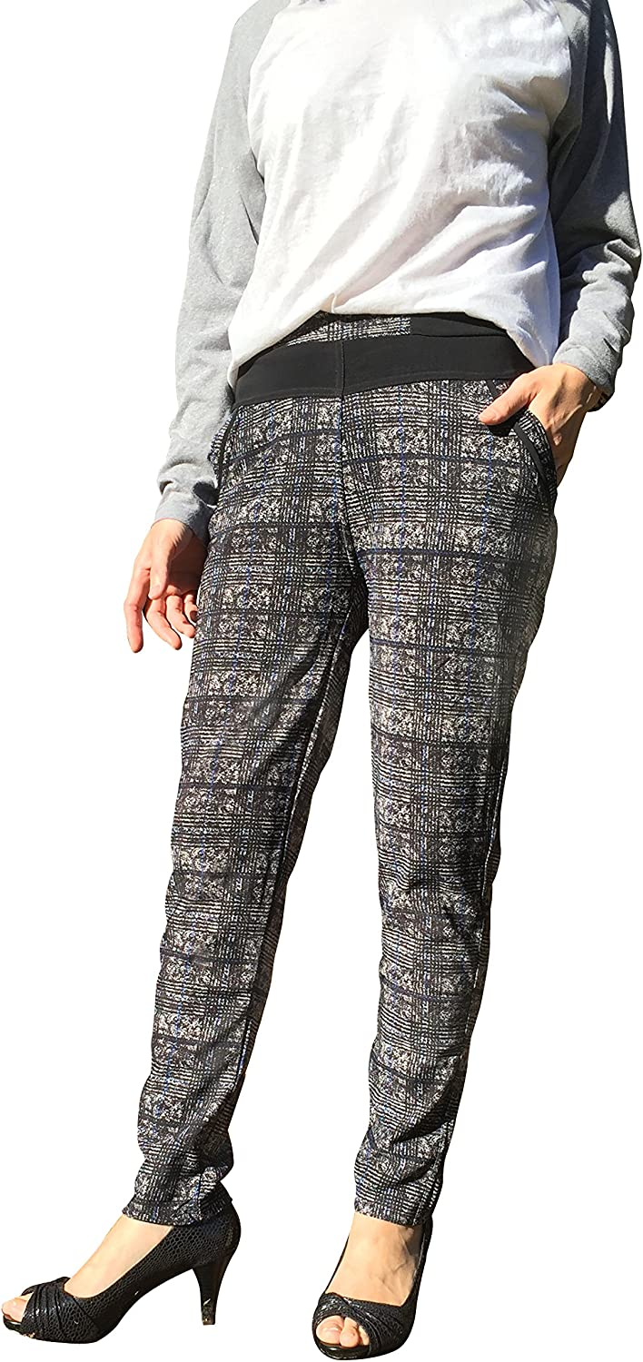 Printed Tummy Flattering Comfortable Elastic High Rise Legging Pants with Pockets