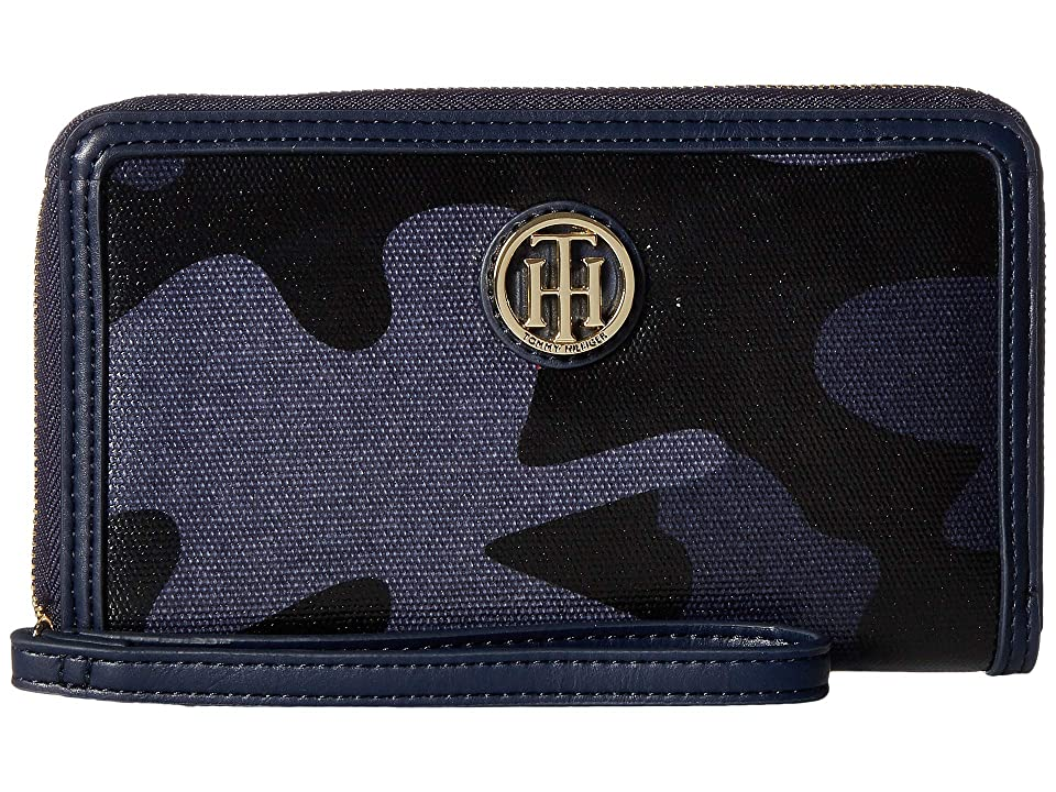 Tommy Hilfiger TH Serif Signature Carryall Coated Camo Wristlet (Tommy Navy) Wristlet Handbags