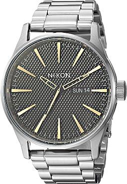 Nixon - Sentry SS