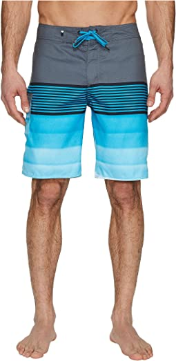 "Division Solid 20"" Boardshorts"