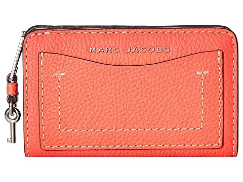 Marc Jacobs The Grind T-Pocket Compact Wallet