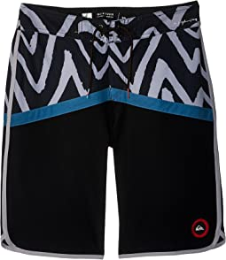 Quiksilver Kids - Highline Techtonics Boardshorts (Big Kids)
