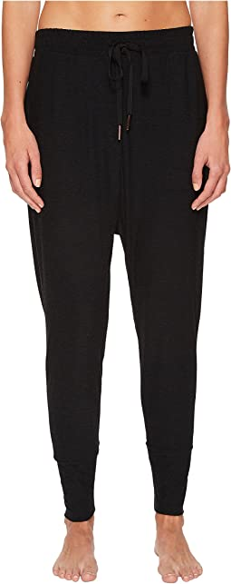 Weekend Traveler Midi Sweatpants