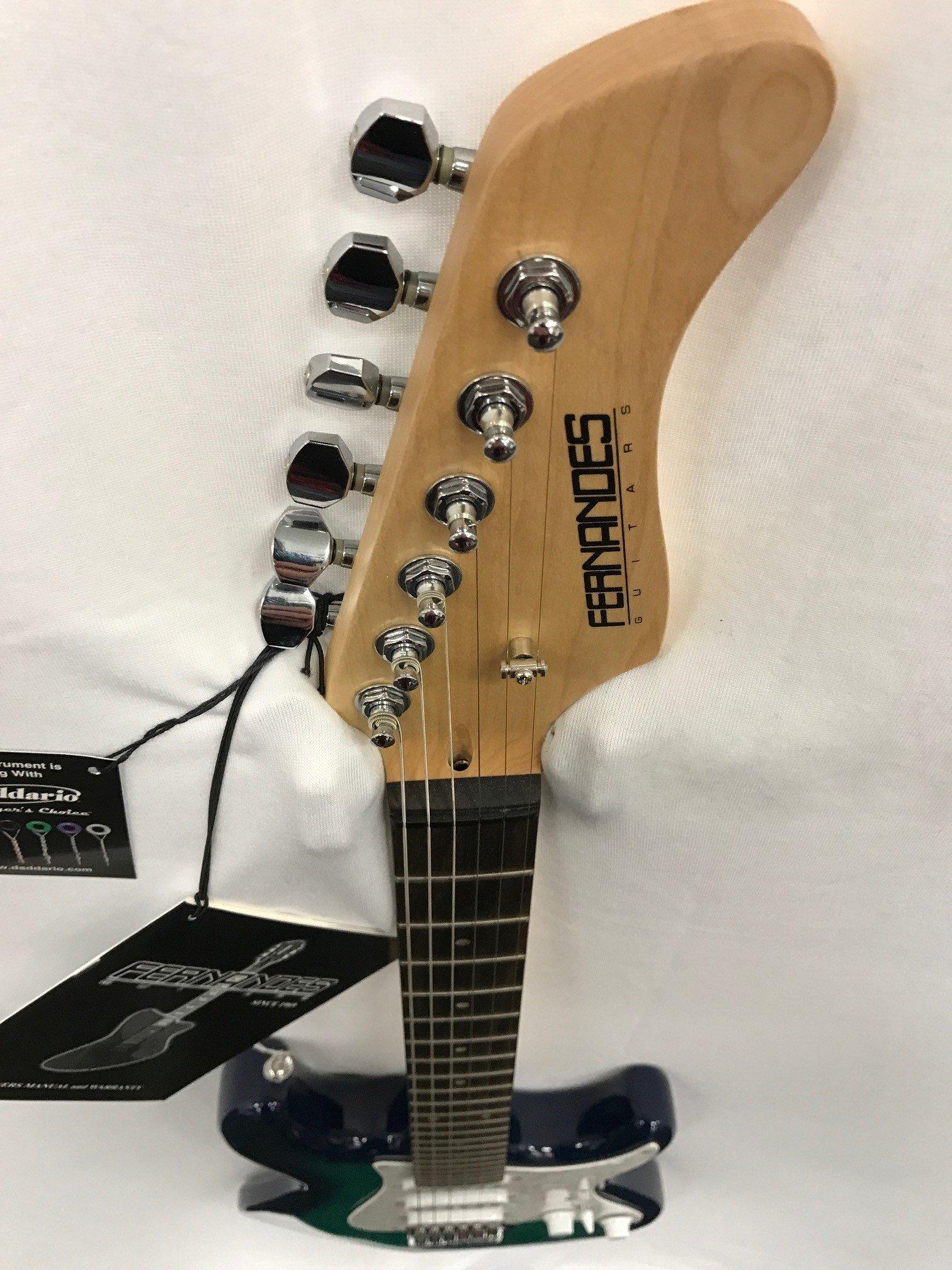 Fernandes Retrorocket X - Guitarra eléctrica, color azul: Amazon ...