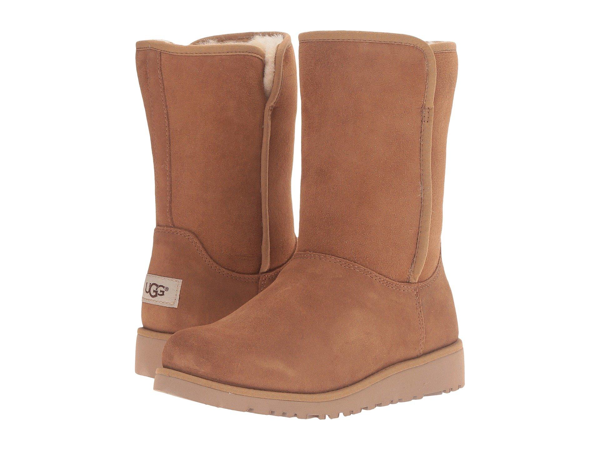 UGG Kids Alexey (Little Kid/Big Kid) (Chestnut) Girls Shoes