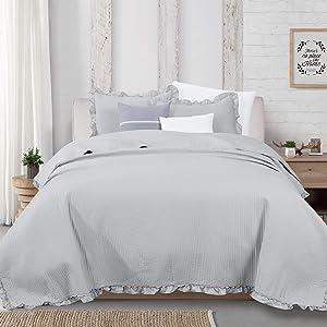 3-Piece Ruffle Skirt Quilt Set with Shams. Channel Stitch King Quilt Set, All Season Bedspread Quilt Set, Azalea Collection (King, Light Gray)