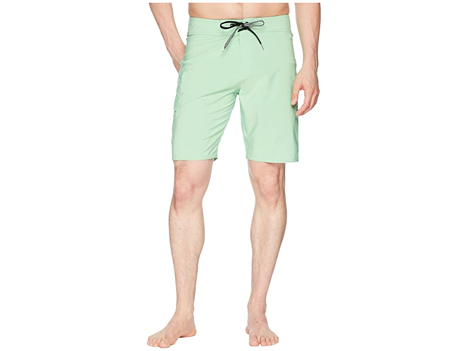 Volcom Lido Solid Mod 20 Boardshorts (Poison Green) Men