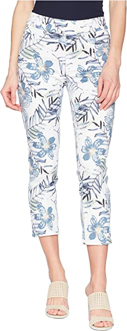 "25"" Printed Stretch Twill Pull-On Capris in Deep Sky"