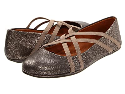 Gentle Souls by Kenneth Cole Bay Braid (Antique Pewter) Women