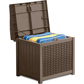Suncast 22-Gallon Small Deck Box - Lightweight Resin Indoor/Outdoor Storage Container and Seat for Patio Cushions, Gardening Tools and Toys - Store Items on Patio, Garage, Yard - Mocha Wicker: Amazon.es: Jardín