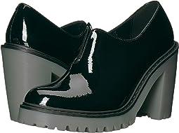 Dr. Martens - Cordelia Gusset Slip-On Shoe