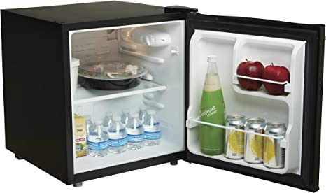 Amazon Com Proctor Silex 1 7 Cu Ft Compact Refrigerator Single Door Mini Fridge For Dorm Office Bedroom Black 86103a Kitchen Dining