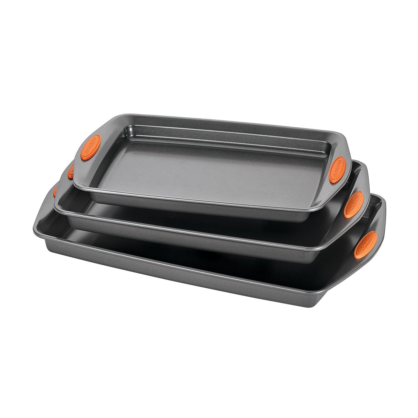 Rachael Ray 56524 3-Piece Oven Lovin' Cookie Pan Steel Baking Sheet Set, Gray with Orange Grips
