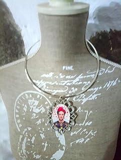 Colgante con medalla de Frida