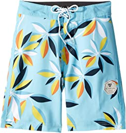 "Montra 17"" Boardshorts (Big Kids)"