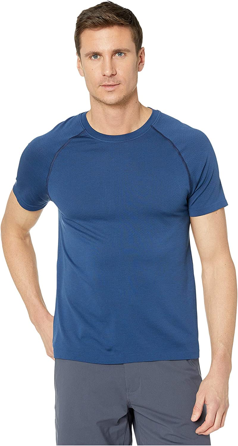 Rhone Men's 4 years warranty Reign Tech Short Sleeve Men with Lightwe Premium 70% OFF Outlet for