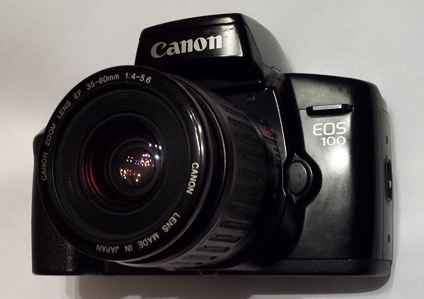 Canon EOS 100 35mm Film Camera with 35-80mm Zoom Lens