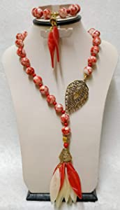 Jewelry Set Necklace & Bracelet of Albaster and Acleric and Golden Metal Pendant