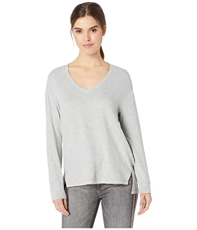 Cupcakes and Cashmere Gazella Ultra Soft V-Neck Sweater (Heather Grey) Women